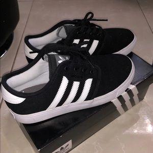 Adidas Seeley J